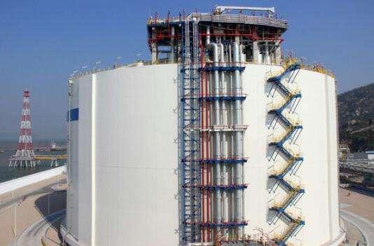 我国自主设计建造大型LNG储罐投产