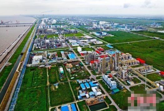 上海化工区探索建设世界级石化产业基地