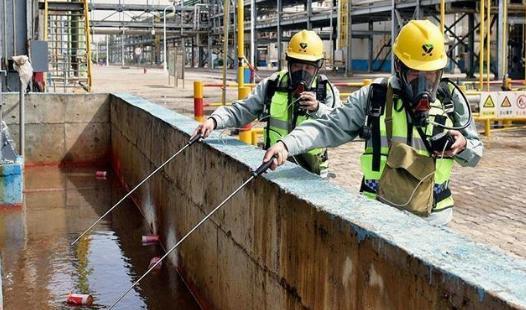 鄂尔多斯化工企业举行应急救援演练