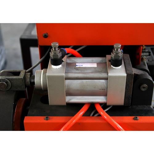 器数控液压冲孔机图片